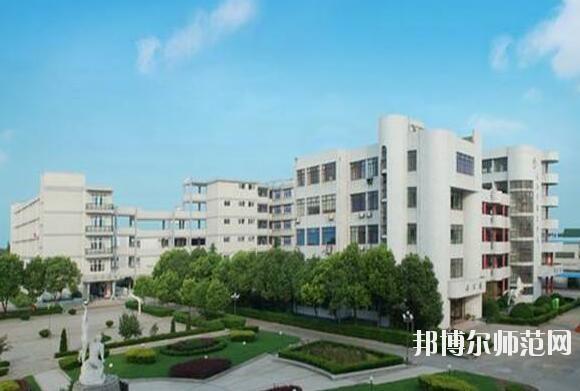 四川志翔职业技术幼儿师范学校2019年报名条件、招生对象