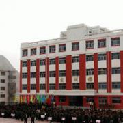 甘肃化工技工幼师学校