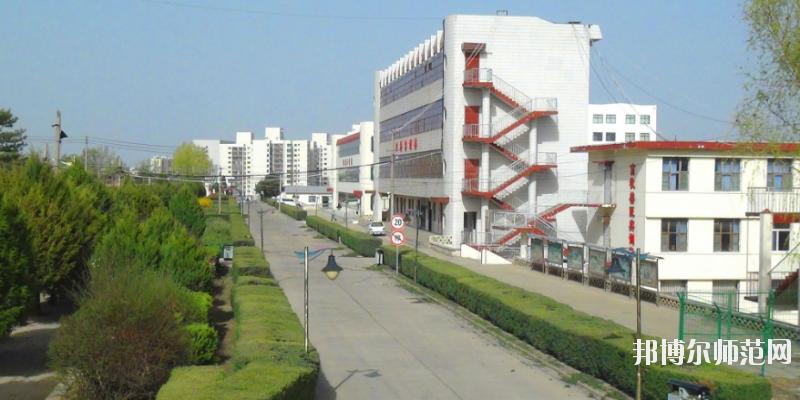 榆林益友能源化工师范职业技术学校网站网址