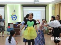 广西2020年男生可以读幼师学校吗