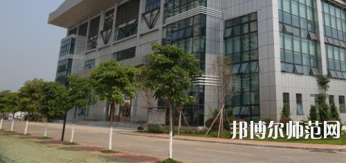 广西科技师范学院来宾校区2021年报名条件、招生要求、招生对象