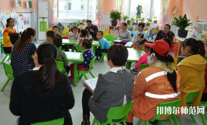保定2021年女生读幼师学校有前途吗